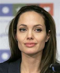 Angelina Jolie fights to save misuse of Shiloh's name1